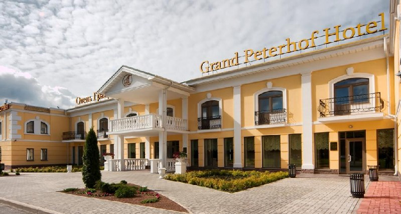 КП «Михайловка» (Гранд-отель «Петергоф»): вызов электрика